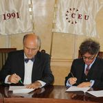 Dr Valentin Inzko (OHR) and Professor István Rév (OSA) signing the Public Archiv